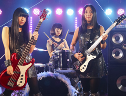 shonen_knife_on_stage_aug_2014_use_this
